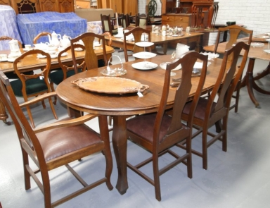 1920s tazi oak dining table and 6 chair $1200.