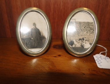 2 silver picture frames